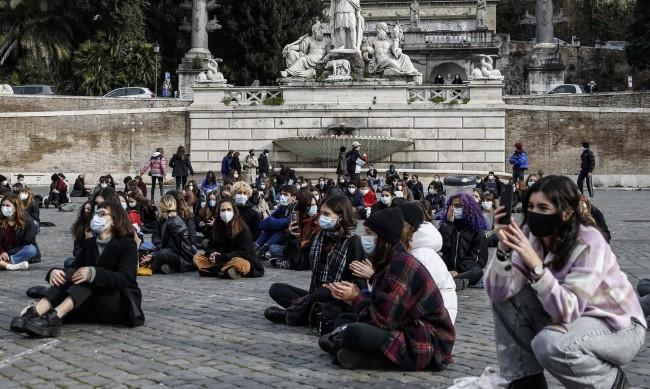 Италия удължи рестрикциите, свързани с коронавируса