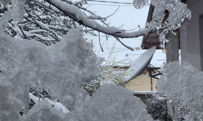 Зимата е в ход, сняг и минусови температури днес