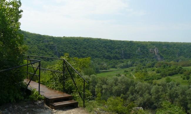 800-годишни тайни пази царски скален манастир край Русе