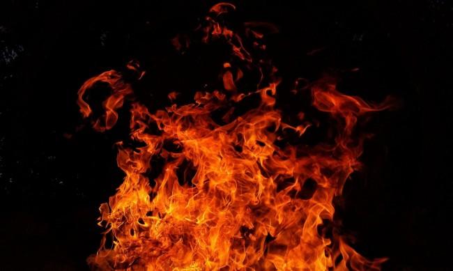 76-годишен мъж загина при пожар в дома си