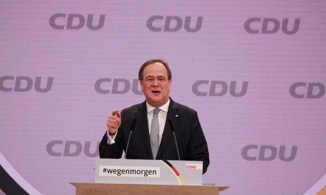 Армин Лашет заменя Меркел като лидер на ХДС