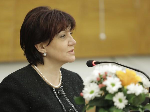 Снимка: НСПредседателят на Народното събрание Цвета Караянчева и народни представители