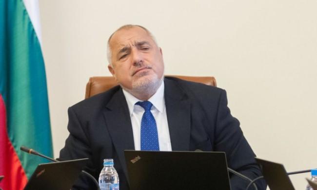 Борисов: Успяваме да управляваме кризи и заводите работят!