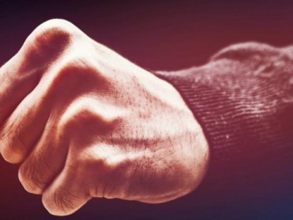 След обявяването на пандемията се наблюдава ескалация на домашното насилие.