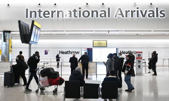Мъж живя на летище 3 месеца, страхувал се от COVID-19