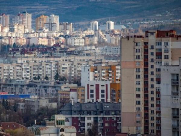 Декември 2022 г. е срокът, в който сградите в страната