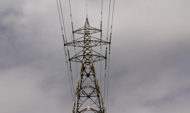 Цените на тока на борсата ни - средноевропейски, а после?