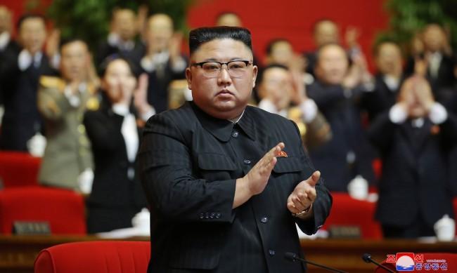 Ким Чен Ун сам унищожи икономиката си, какви санкции може да му наложи Байдън?