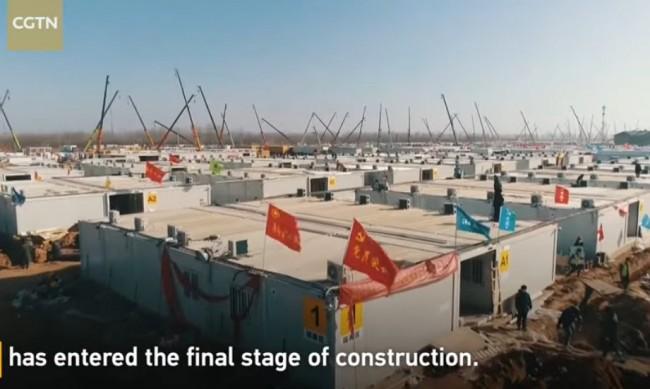 Гигантски карантинен център строят в Китай