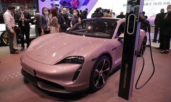 Ще станат ли всички автомобили напълно електрически?