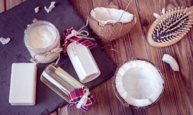 Кокосово масло в грижата за кожата - как да го използвате правилно?