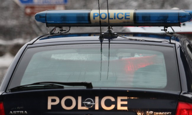 Полицаи разкриха кражба и върнаха 7400 лв. на възрастен