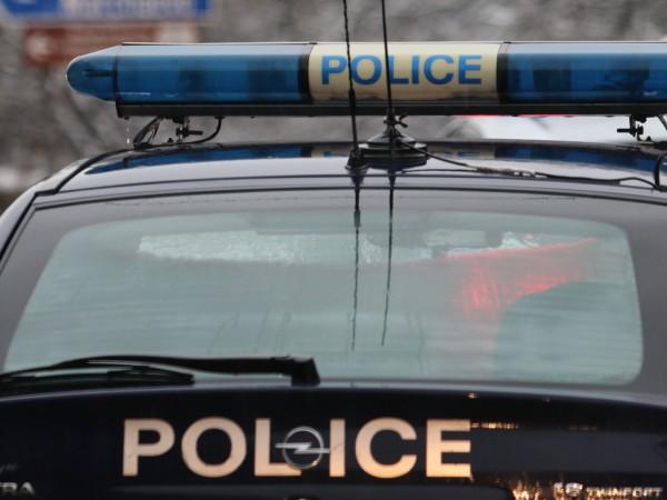 Сливенски криминалисти разкриха кражба и върнаха 7400 лева на възрастен
