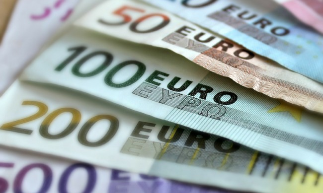Дефлация в еврозоната през декември и ценова стагнация в България