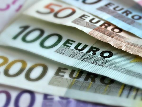 Потребителските цени в еврозоната се понижиха на годишна база през