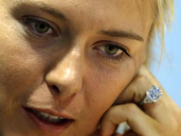 Мария Шарапова се сгоди за приятеля си Александър Гилкс на