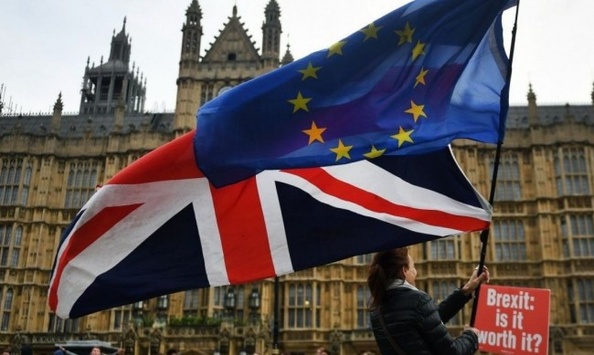 Избухна дипломатически скандал Великобритания - ЕС