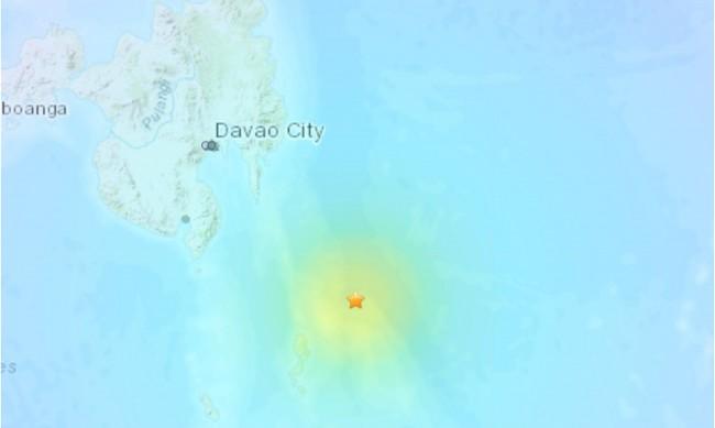 Земетресение с магнитуд 7 разтърси Филипините