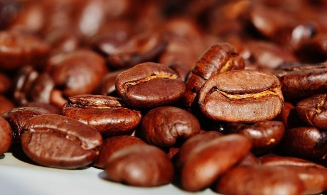 Полицаи иззеха кафе менте на известна марка