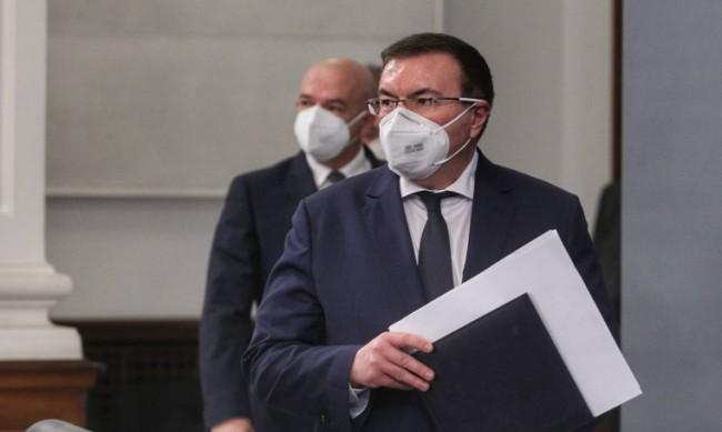 Ангелов убеден: Игла и ваксина за 2 млн. българи до края на 2021 г.