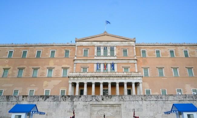 Гърция удължи мерките за влизащи в страната до 8 февруари