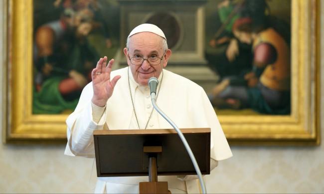 Папа Франциск с болки в крака, отменя събития и участия