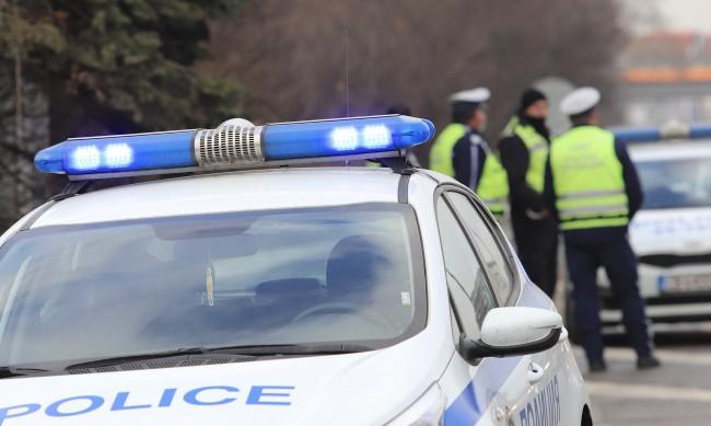 Бургазлия изуми полицаите, зад волана на 4 вида наркотик