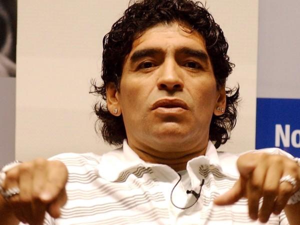 Личният лекар на Диего Марадона - Леополдо Луке, е фалшифицирал