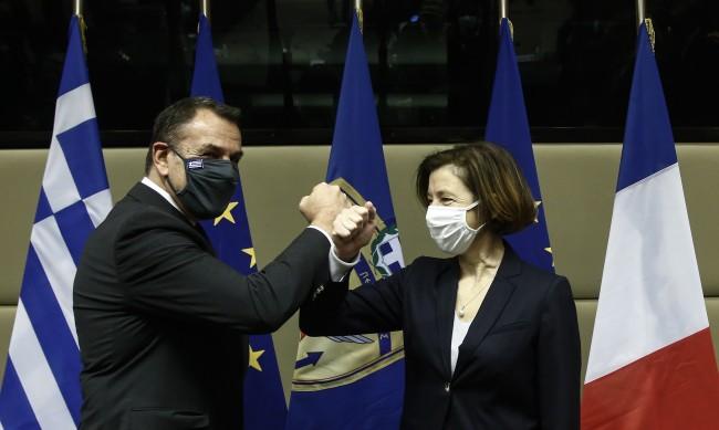 Гърция купува изтребители от Франция за 2.5 млрд. евро