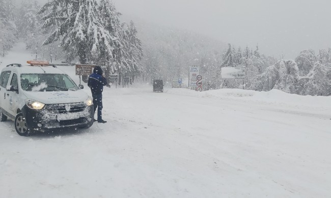 Пътна полиция: Очакват се сняг и заледявания