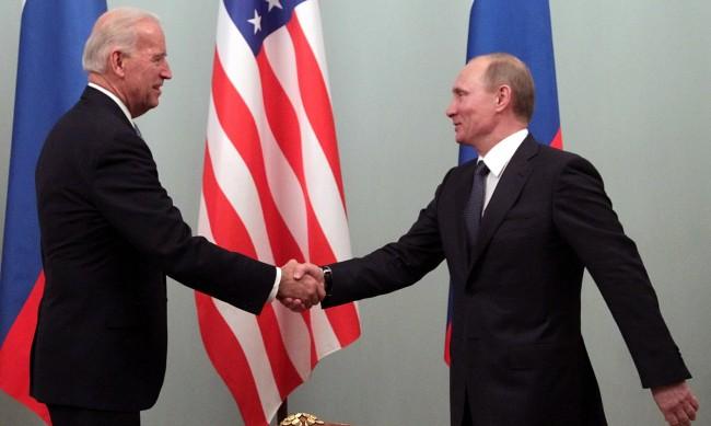 Байдън и Путин разговаряха за първи път, промяна на курса на САЩ