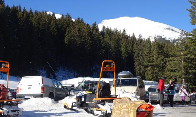 32-годишен заседна в преспа с моторна шейна в Осоговската планина