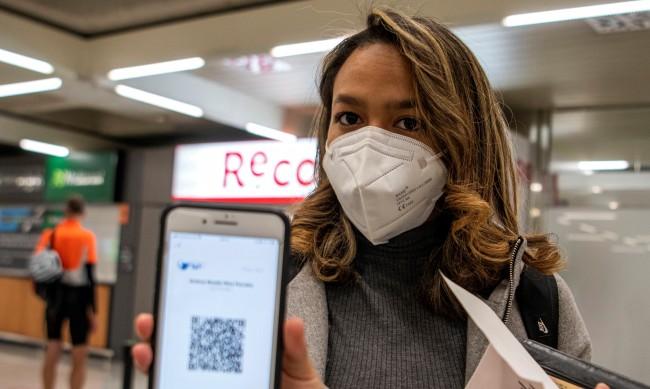 Туристическият бранш категорично против PCR тест за чужди гости