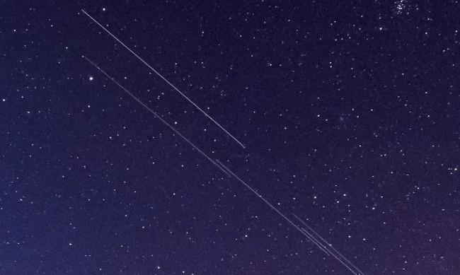 Илон Мъск VS Джеф Безос в борба за интернета, идващ от космоса