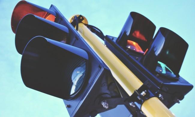 Челен удар между две коли заради неработещи светофари