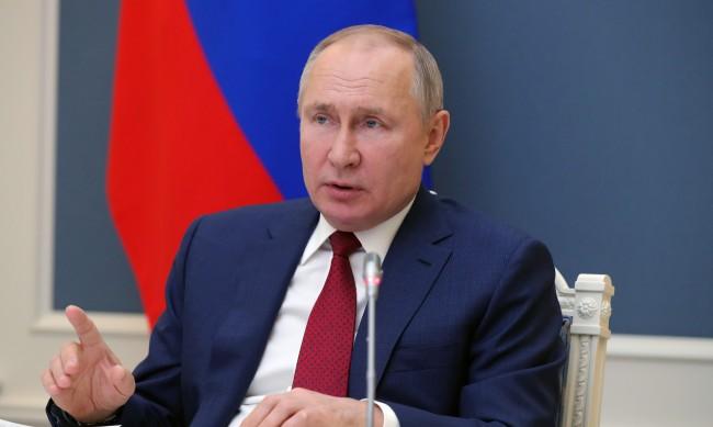 """Путин: Светът рискува конфликт """"всички срещу всички"""""""