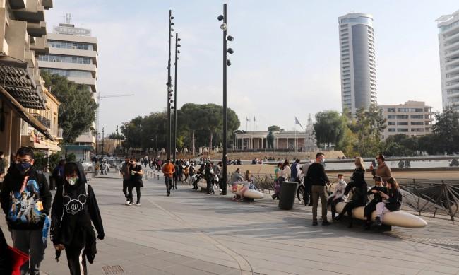 Задължителен COVID тест за работещите след локдауна в Кипър