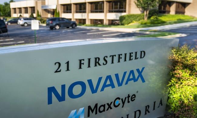 """""""Новавакс"""" съобщи, че ваксината им е почти 90% ефективна"""