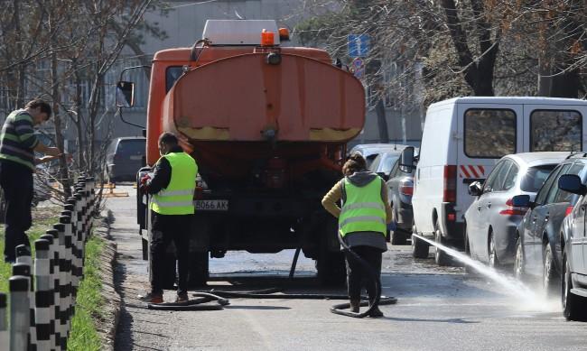 Започват да мият улиците в София, първо в три района