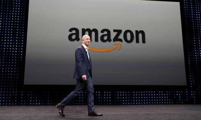 Джеф Безос се оттегля от директорския пост на Amazon