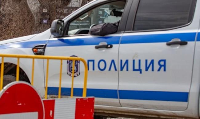 Ужас в Севлиево! Баща уби 2-годишното си дете и си преряза вените