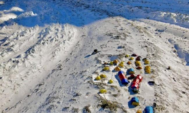 Голяма комерсиална експедиция на К2 през зимата - абсурдно от началото