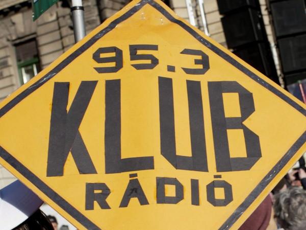 Първата независима радиостанция в Унгария - Клубрадио, спира да излъчва