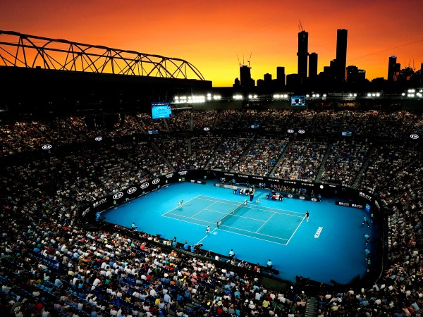 Откритото първенство на Австралия по тенис в Мелбърн ще продължи