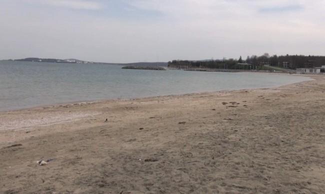 Унищожен плаж в Крайморие заради безстопанствена тръба