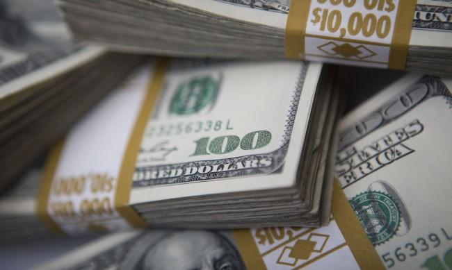 Трилиони долари от спестявания ще влязат в икономиката след COVID-19