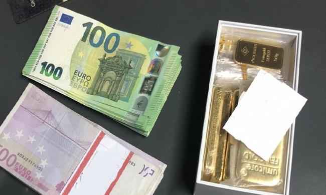 """Спипаха златни кюлчета и недекларирани 20 000 евро на """"Калотина"""""""