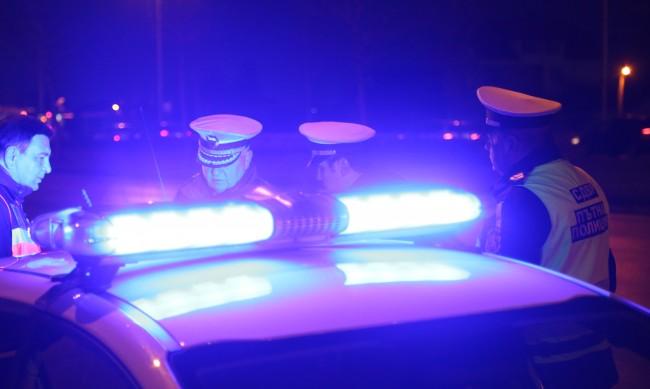 Пияни и дрогирани младежи предизвикаха две катастрофи