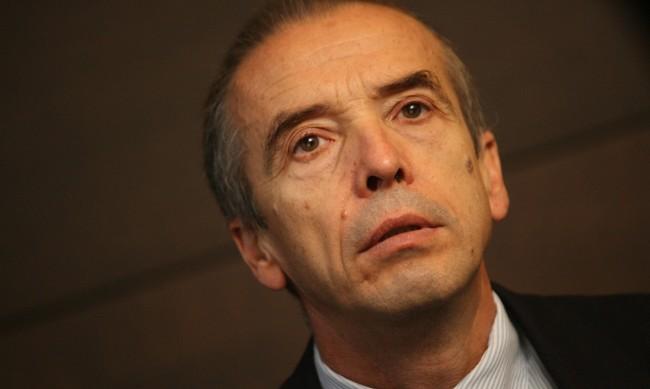 В АБВ-Пазарджик хвърлиха оставки заради Мангъров