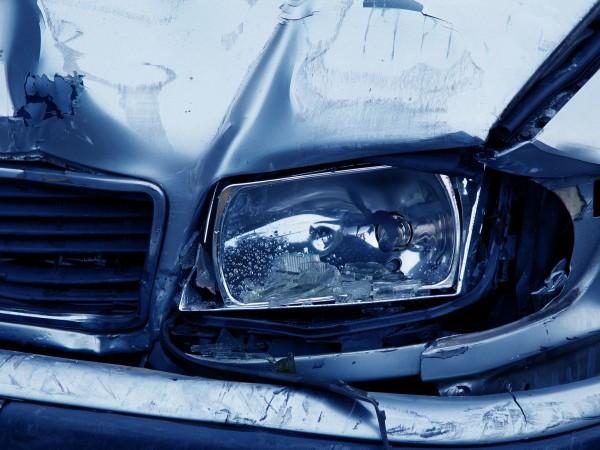 18-годишно момче от Пловдив блъсна 3 паркирани автомобила в район